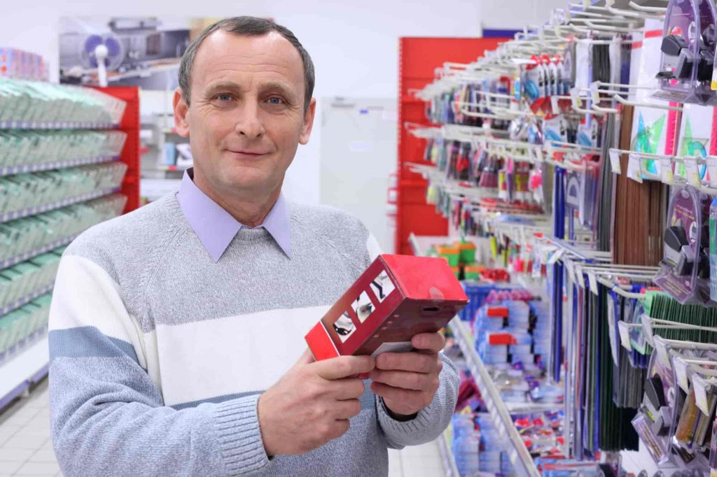 How to setup office supply business in Dubai
