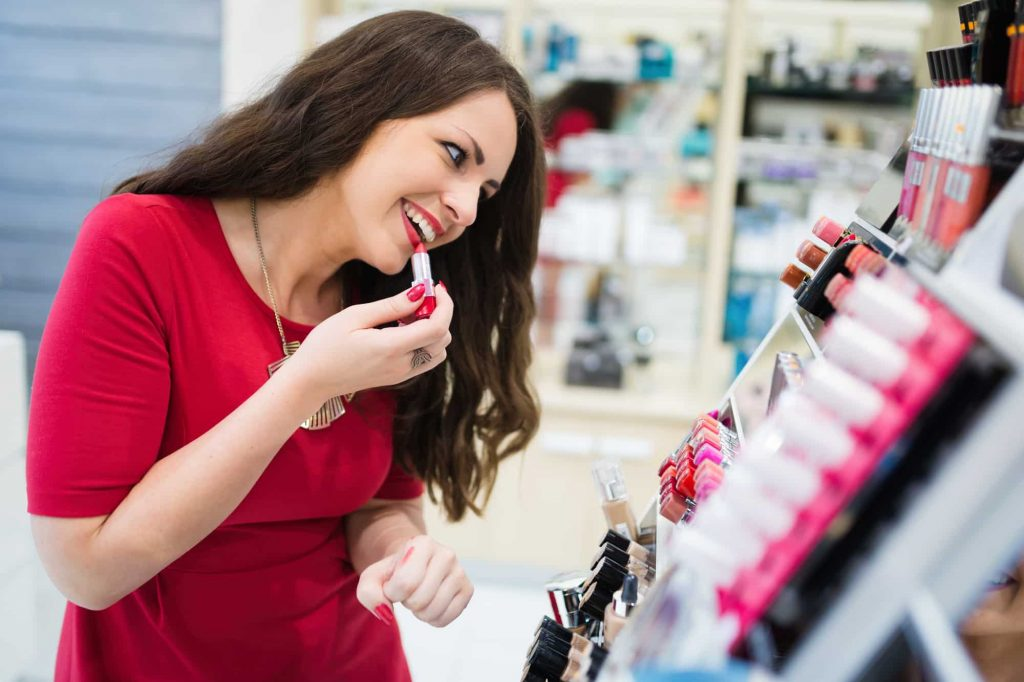 How to start Cosmetics Business in UAE