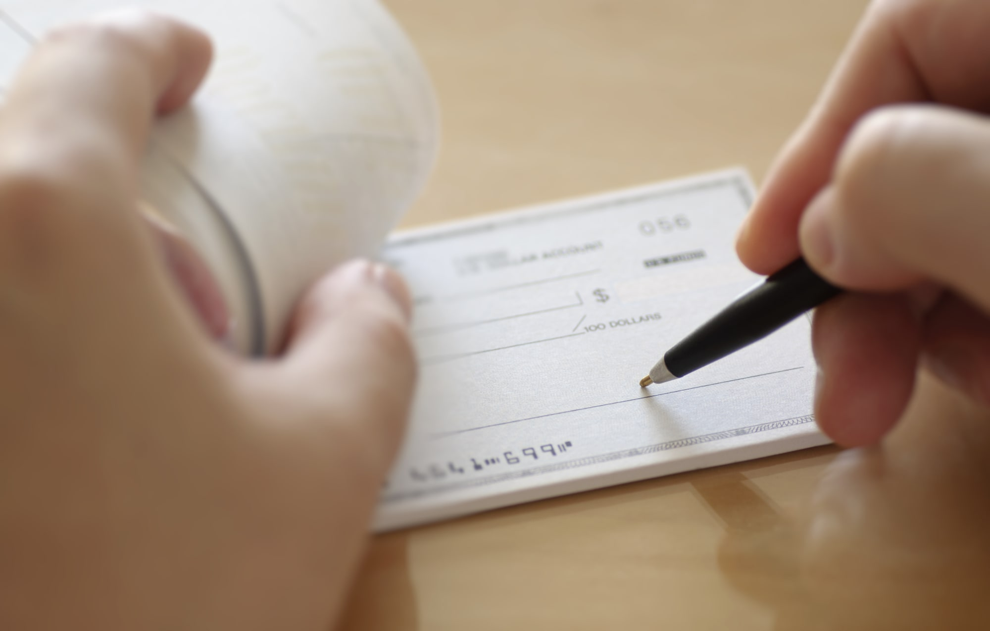 Guide for Foreign Citizen to Open Corporate Bank Account in UAE